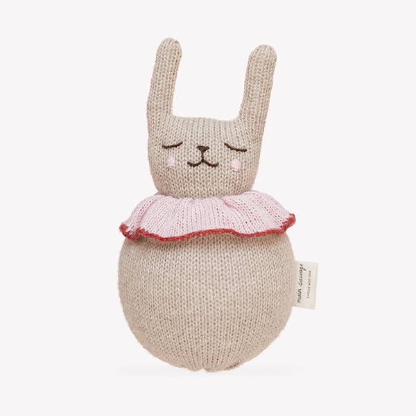 Soft Roly Poly Rabbit, Main Sauvage